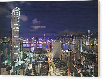 K11 In Tsim Sha Tsui In Hong Kong At Night Wood Print by Lars Ruecker