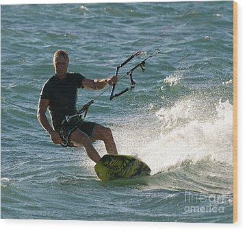 Kite Surfer 05 Wood Print by Rick Piper Photography
