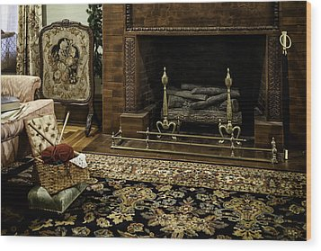 Knitting In Front Of A Vintage Fireplace Wood Print by Lynn Palmer