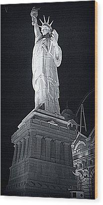 Lady Liberty Wood Print by Kay Novy