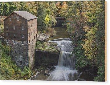 Lantermans Mill Wood Print by Dale Kincaid