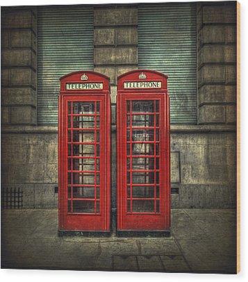 London Calling Wood Print by Evelina Kremsdorf