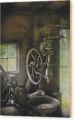 Machine Shop - An Old Drill Press Wood Print by Mike Savad