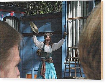 Maryland Renaissance Festival - A Fool Named O - 121223 Wood Print by DC Photographer