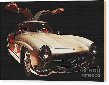 Mercedes 300sl Gullwing . Front Angle Black Bg Wood Print by Wingsdomain Art and Photography