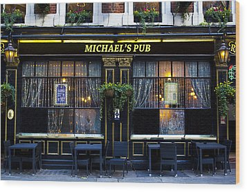 Michaels''s Pub Wood Print by David Pyatt