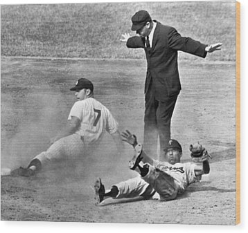 Mickey Mantle Steals Second Wood Print by Underwood Archives