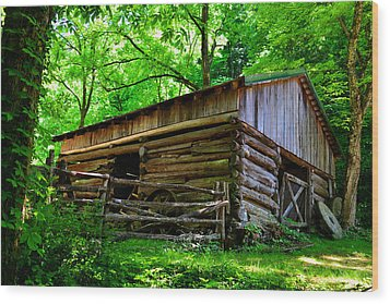 Mill House Barn Wood Print by David Lee Thompson
