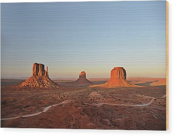 Mittens And Merrick Butte Monument Valley Wood Print by Christine Till