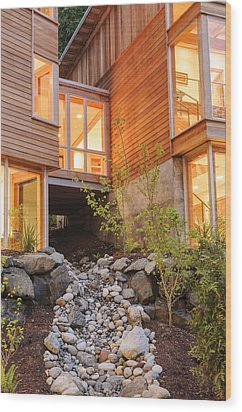 Modern House And Rocky Creek Wood Print by Will Austin