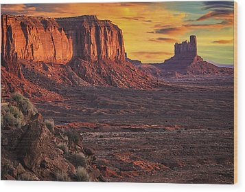 Monument Valley Sunrise Wood Print by Priscilla Burgers
