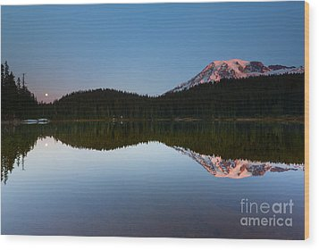 Moonset Over Rainier Wood Print by Mike  Dawson