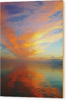 Morning Sky Ocracoke Nc Wood Print by Joan Meyland