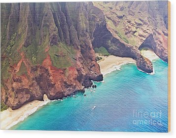 Na Pali Coast Wood Print by Scott Pellegrin