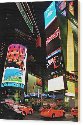 New York City - Times Square 004 Wood Print by Lance Vaughn