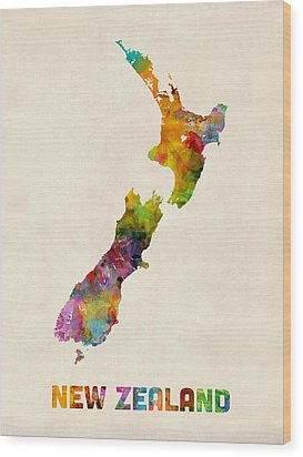 New Zealand Watercolor Map Wood Print by Michael Tompsett