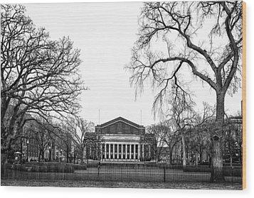 Northrop Auditorium At The University Of Minnesota Wood Print by Tom Gort