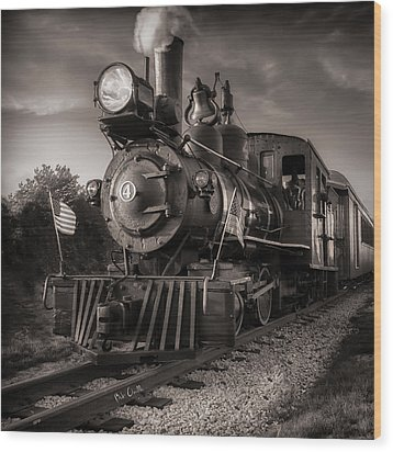 Number 4 Narrow Gauge Railroad Wood Print by Bob Orsillo