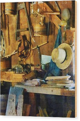 Old Wood Shop Wood Print by Susan Savad