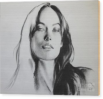 Olivia Wilde Wood Print by Miguel Lopez