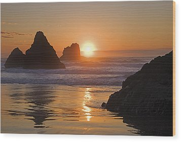 Orange Sunset Behind Offshore Rocks Wood Print by Philippe Widling