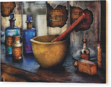 Pharmacist - Mortar And Pestle Wood Print by Mike Savad