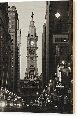 Philadelphia City Hall Wood Print by Louis Dallara