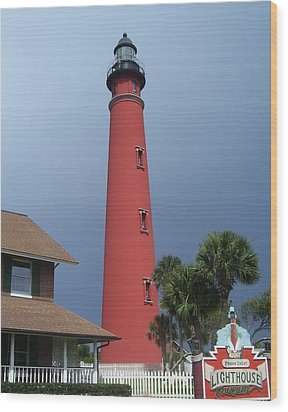 Ponce De Leon Inlet Light 3 Wood Print by Cathy Lindsey