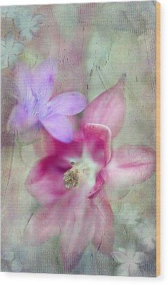 Pretty Flowers Wood Print by Annie Snel