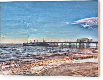 Ps Waverley At Penarth Pier 2 Wood Print by Steve Purnell
