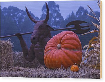Pumpkin And Minotaur Wood Print by Garry Gay