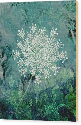 Queen Anne's Lace  Wood Print by Ann Powell