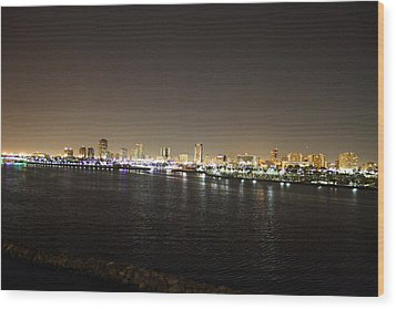 Queen Mary - 121236 Wood Print by DC Photographer