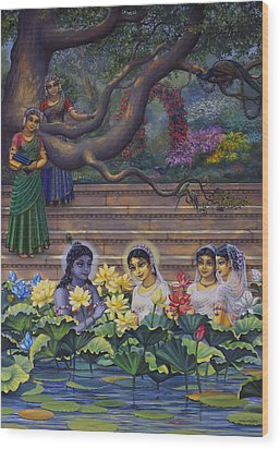 Radha And Krishna Water Pastime Wood Print by Vrindavan Das