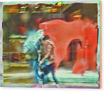 Rainy Day In New York City Wood Print by Jeff Breiman