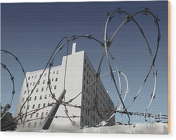 Razor Wire In Skid Row Wood Print by Gregory Dyer