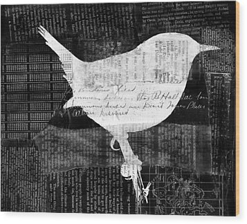 Reader Bird Wood Print by Candace Fowler