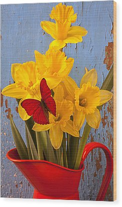 Red Butterfly On Daffodils Wood Print by Garry Gay