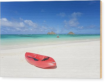 Red Kayak At Lanikai Wood Print by M Swiet Productions