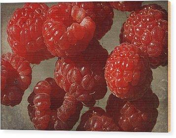 Red Raspberries Wood Print by Cindi Ressler