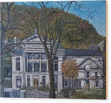 Redpath Museum Wood Print by Reb Frost