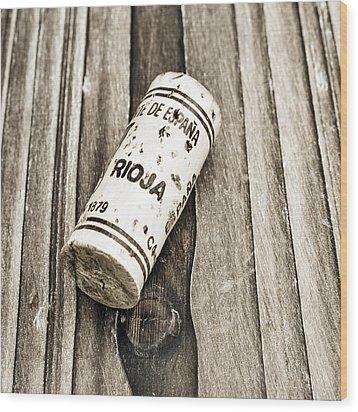 Rioja Wine Cork Wood Print by Frank Tschakert