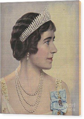 Royalty 1939 1930s Uk Queen Elizabeth Wood Print by The Advertising Archives