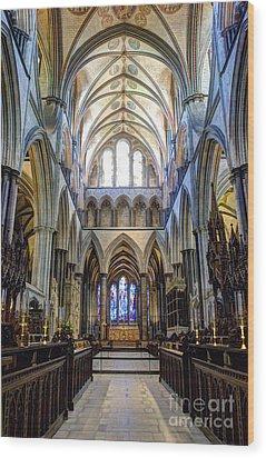 Salisbury Cathedral Wood Print by Juli Scalzi