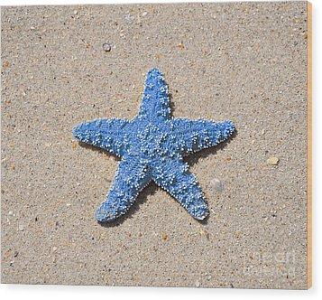 Sea Star - Light Blue Wood Print by Al Powell Photography USA