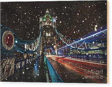 Snow Storm Tower Bridge Wood Print by Donald Davis