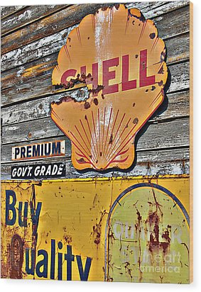 Soft Shell Wood Print by Lee Craig