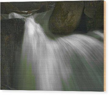 Softwater Of Cascade Creek Wood Print by Bill Gallagher