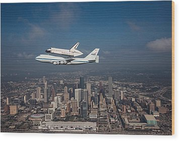 Space Shuttle Endeavour Over Houston Texas Wood Print by Movie Poster Prints