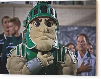 Sparty And Izzo National Anthem  Wood Print by John McGraw